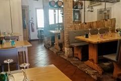 Sala interna ristorante tradizionale